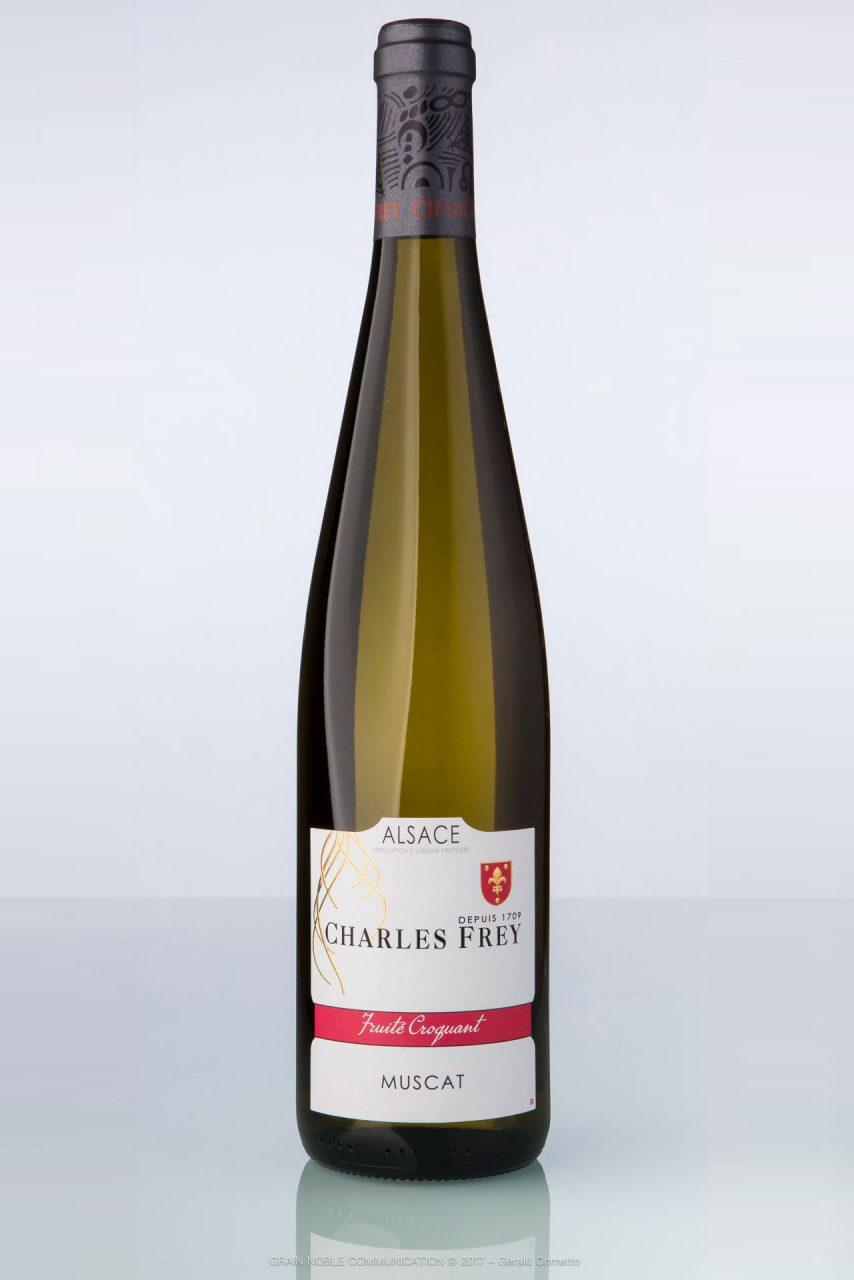 bouteille de vin d'Alsace Muscat Charles Frey