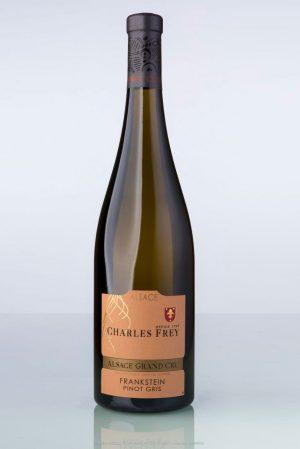 bouteille de vin d'Alsace Pinot gris grand cru Frankstein Charles Frey