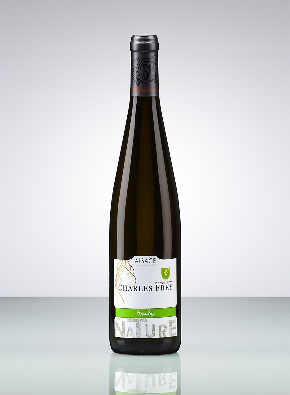 photo d'une bouteille de vin d'Alsace blanc cépage riesling